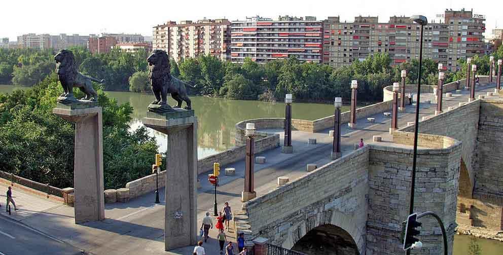 puente-de-piedra-de-zaragoza