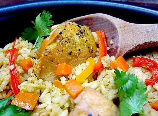 platos tipicos costa del peru arroz con pollo