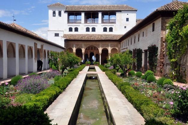 palacio-el-generalife